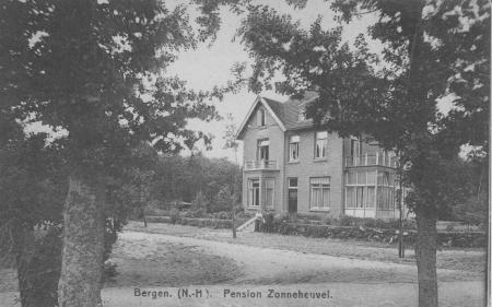 HVB FO 00029 Pension Zonneheuvel, Kastanjelaan 9 (ca 1920)
