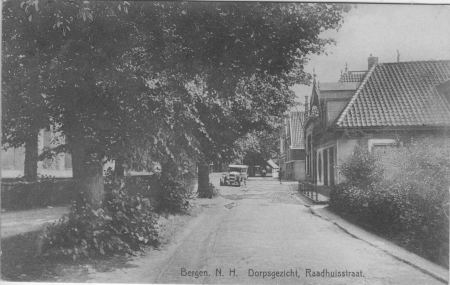 HVB FO 00053 Raadhuisstraat omstreeks 1925
