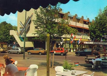 HVB FO 00199  Plein, omstreeks 1983