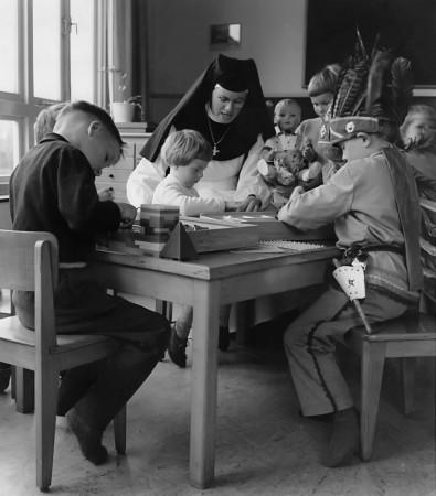 HVB FO 00292  Bernadette-kleuterschool