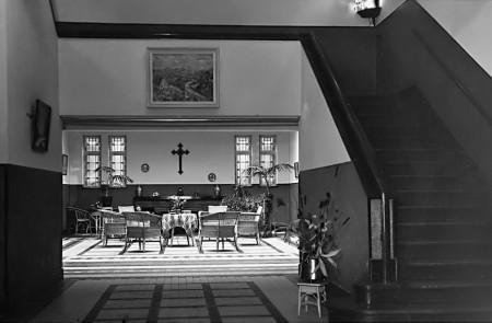 HVB FO 00313  De hal van de St. Augustinus Huishoudschool