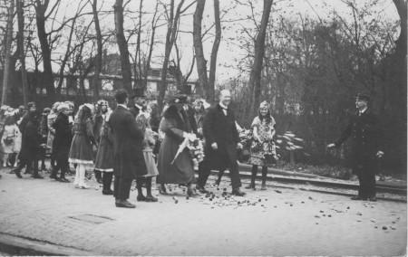 HVB FO 00375  Intocht van H.D.A. van Reenen als burgemeester van Bergen, 17 april 1923