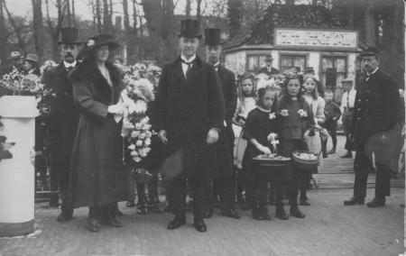 HVB FO 00377  Intocht van H.D.A. van Reenen als burgemeester van Bergen, 17 april 1923