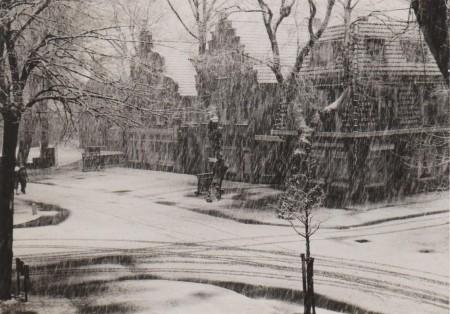 HVB FO 00552  Breelaan hoek Jan Oldenburglaan in de winter