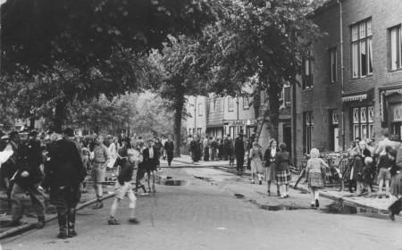 HVB FO 00554  Brand in de schuur van Jonker (achter Lutijn), 14 mei 1952