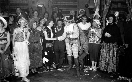 HVB FO 00566  Carnaval bij de Rustende Jager, februari 1954