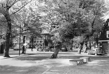 HVB FO 00568  Breelaan hoek Stationsstraat, 1960