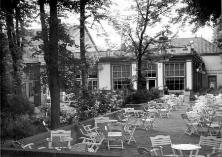 HVB FO 00596  De tuin van de Rustende Jager, omstreeks 1932