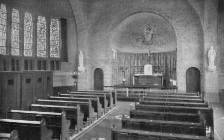 HVB FO 00637  Interieur kapel Retraitehuis