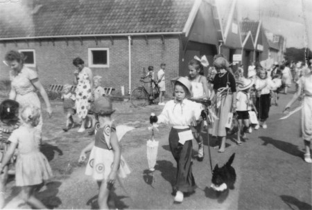 HVB FO 00687 Kinderoptocht in Bergen aan Zee