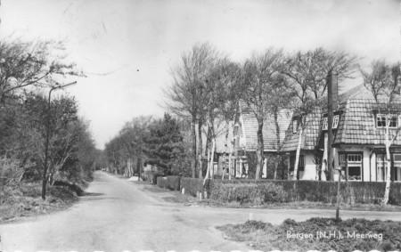 HVB FO 00187  Meerweg hoek Nesdijk, omstreeks 1965